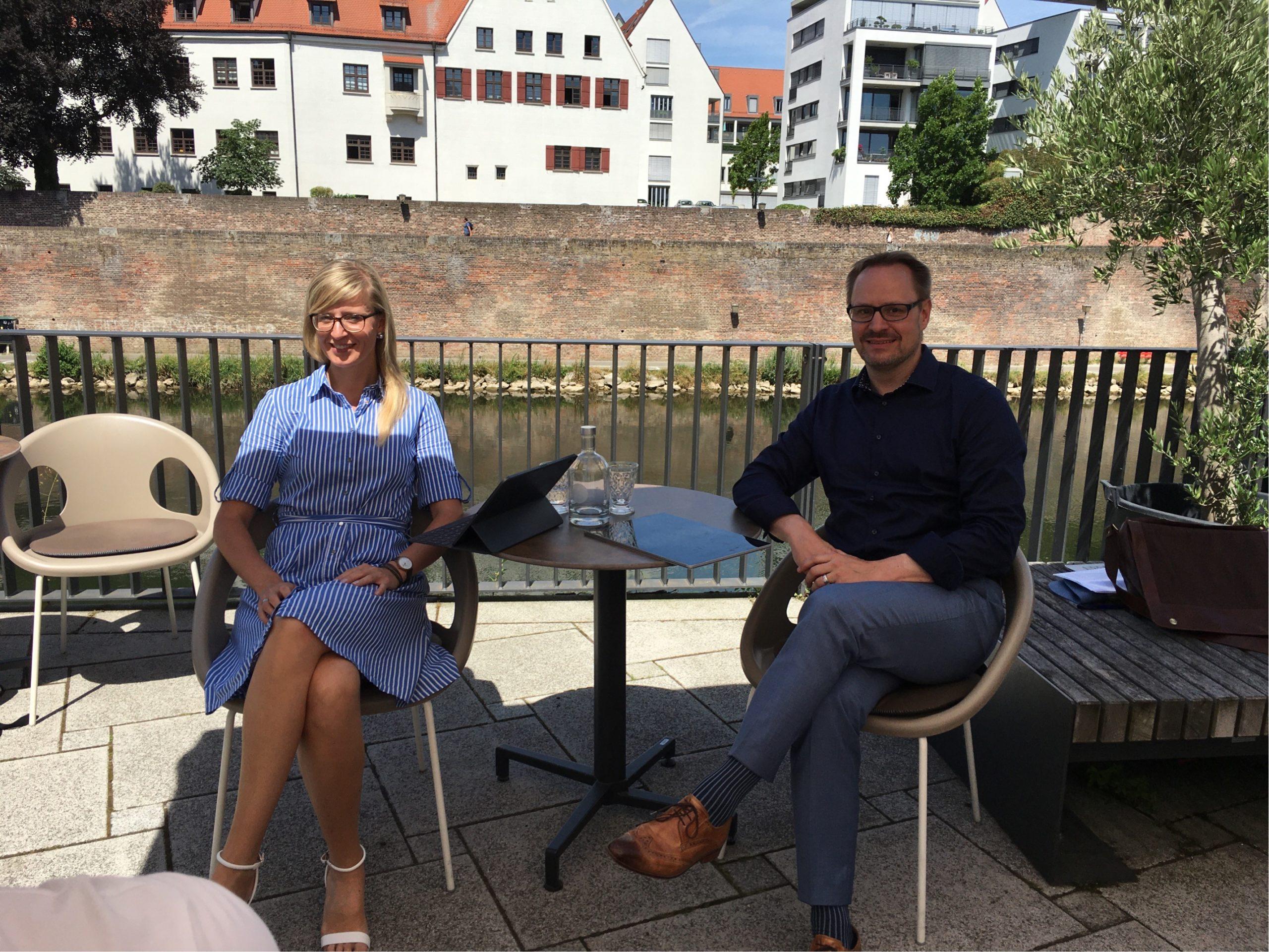 Neu-Ulms Oberbürgermeisterin Katrin Albsteiger und Landrat Thorsten Freudenberger wollen die Zusammenarbeit intensivieren. Bild: © Stadt Neu-Ulm