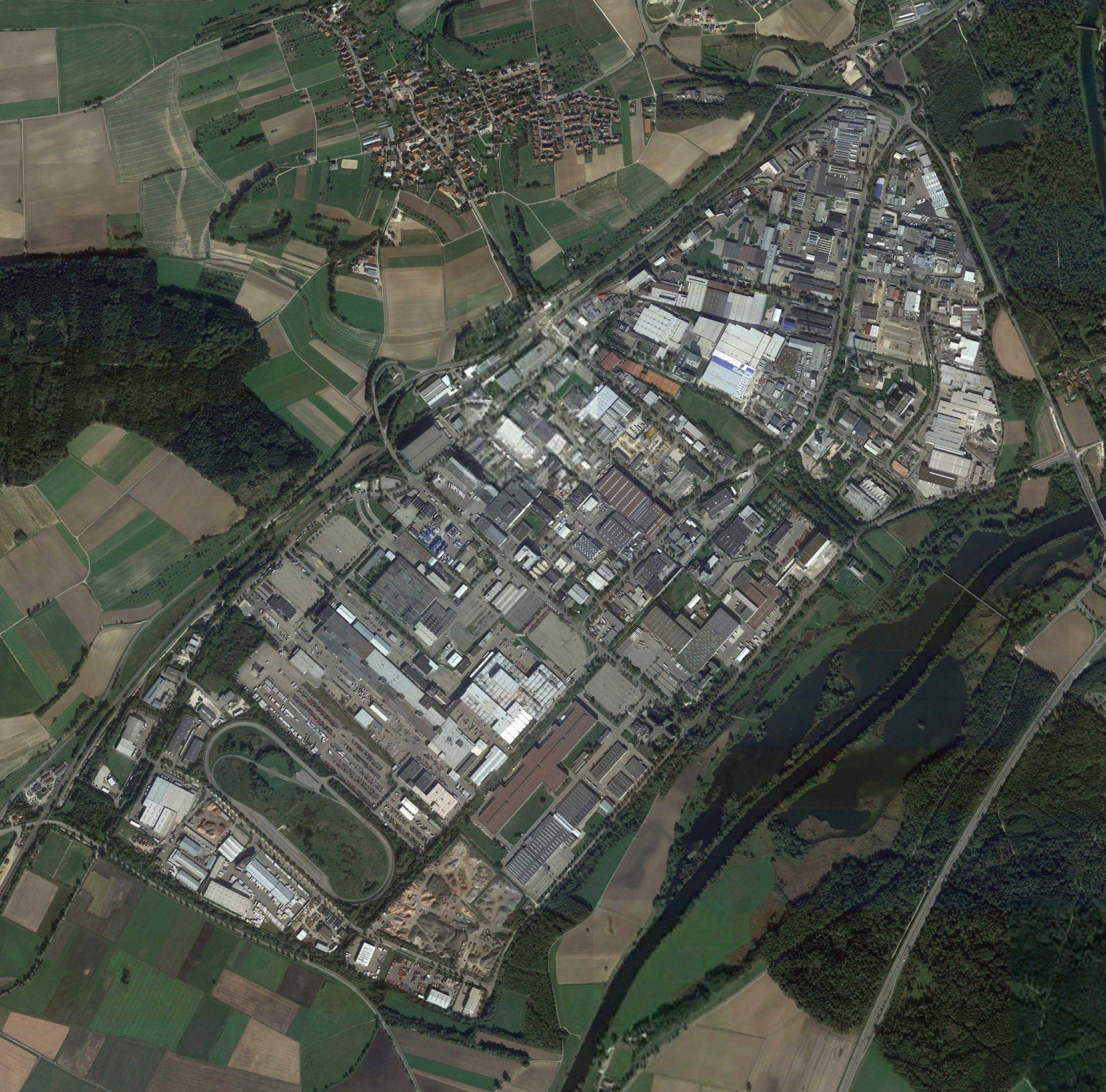 Luftaufnahme des Ulmer Industriegebiets Donautal. Aufnahme: Google SAT/Raguse, BVMW